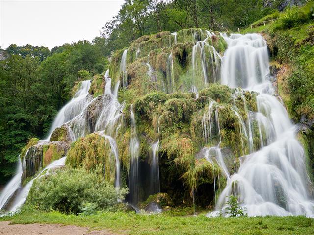 Top 20 des plus belles cascades de france - Office de tourisme luxeuil les bains ...